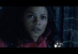 Кадр изо фильма Чужой в сравнении вместе с чем Хищника