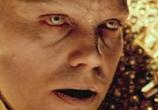 Кадр с фильма Клетка