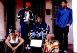 Скриншот фильма Не грози южному централу, попивая сок у себя в квартале  / Don't Be a Menace to South Central While Drinking Your Juice in the Hood (1996) Не грози Южному Централу, попивая сок у себя в квартале