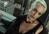 Сцена изо фильма Женщина-кошка / Catwoman (2004)