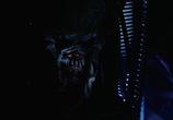 Сцена изо фильма Чужой сравнительно  со чем Хищника: Дилогия / AVP: Alien vs. Predator: Dilogy (2004)