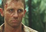 Кадр изо фильма 007: Казино Рояль торрент 09763 люди 0