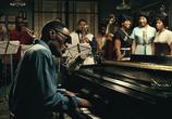 Кадр изо фильма Рэй