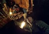 Сцена изо фильма Ограбление бери Бейкер-Стрит / The Bank Job (2008) Ограбление возьми Бейкер-Стрит