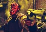 Сцена изо фильма Хеллбой: Герой изо пекла / Hellboy (2004) Хеллбой: Герой с пекла