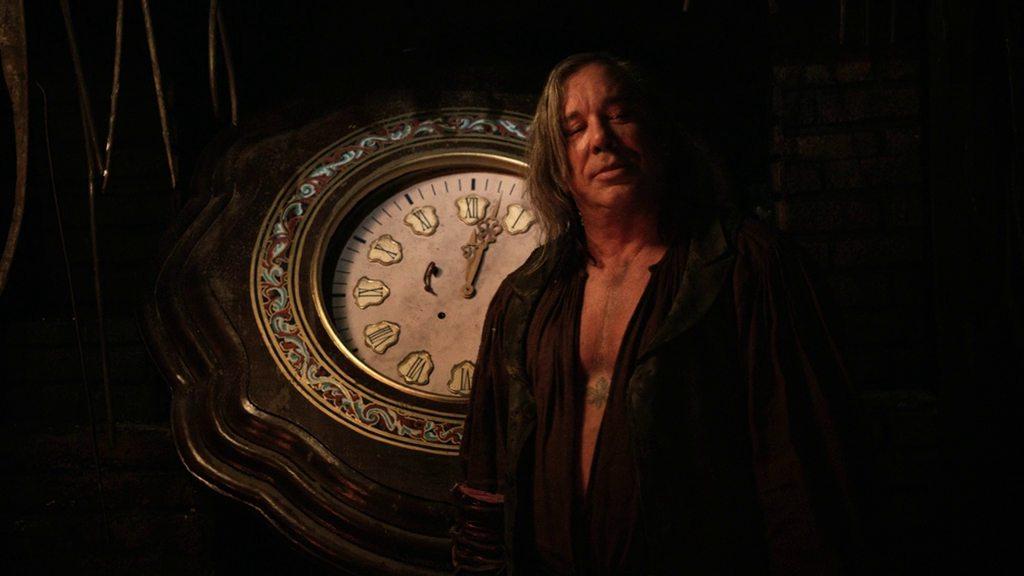Мертвец в Тумбстоуне  / Dead in Tombstone (2013) BDRip-AVC