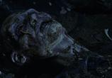 Кадр изо фильма Земля мертвых