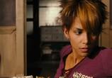 Кадр с фильма Женщина-кошка торрент 03861 люди 0