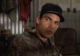 Сцена изо фильма Снайпер / Sniper (1993) Снайпер