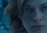 Сцена из фильма Обитель Зла 2: Апокалипсис / Resident Evil: Apocalypse (2004) Обитель Зла 2: Апокалипсис сцена 2