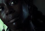 Кадр с фильма Слезы солнца