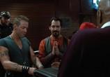Кадр с фильма Харлей Дэвидсон равным образом Ковбой Марльборо торрент 053003 сцена 0
