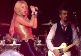 Сцена из фильма Shakira: Live from Paris (2011)