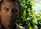 Кадр изо фильма 007: Казино Рояль торрент 0789 работник 0