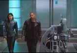 Сцена изо фильма Я, киборг / I, Robot (2004) Я, робот