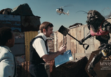 Кадр с фильма Район №9
