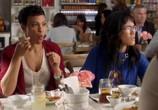 Сцена из фильма Американская домохозяйка / American Housewife (2016) Американская домохозяйка сцена 3