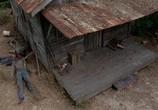 Кадр с фильма Ходячие мертвецы торрент 069690 мужчина 0