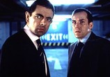 Сцена изо фильма Агент Джонни Инглиш / Johnny English (2003) Агент Джонни Инглиш
