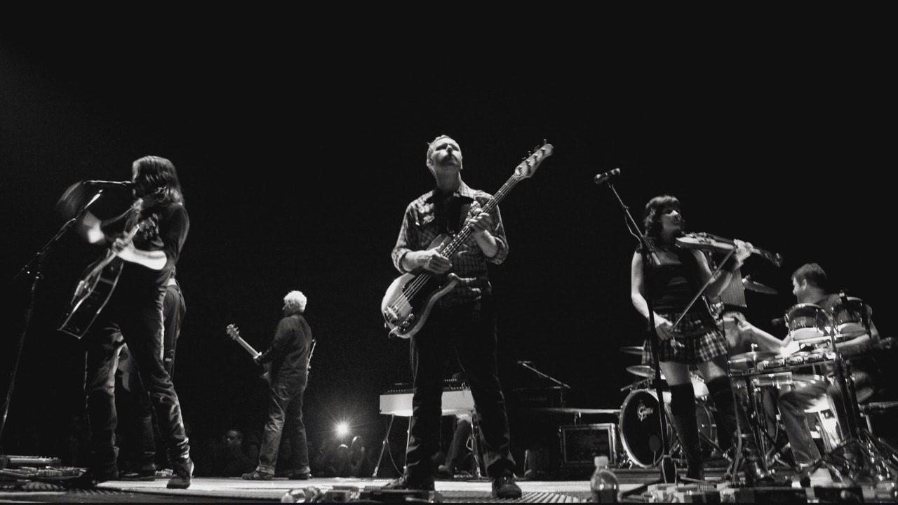 Amazon.com: Back And Forth: Foo Fighters, James Moll ...